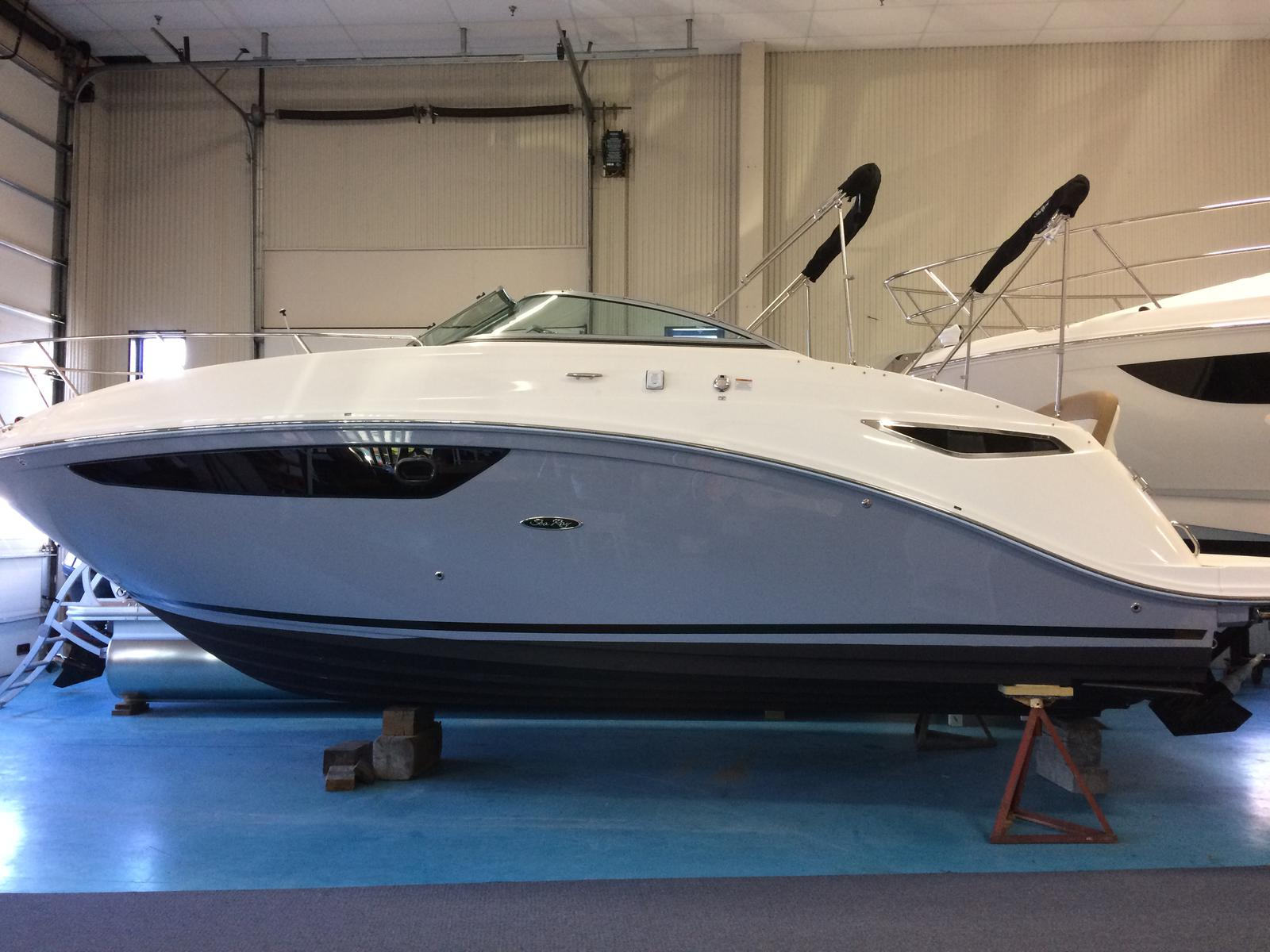 For Sale: 2017 Sea Ray Sundancer 260 26ft<br/>Hutchinson's Boat Works