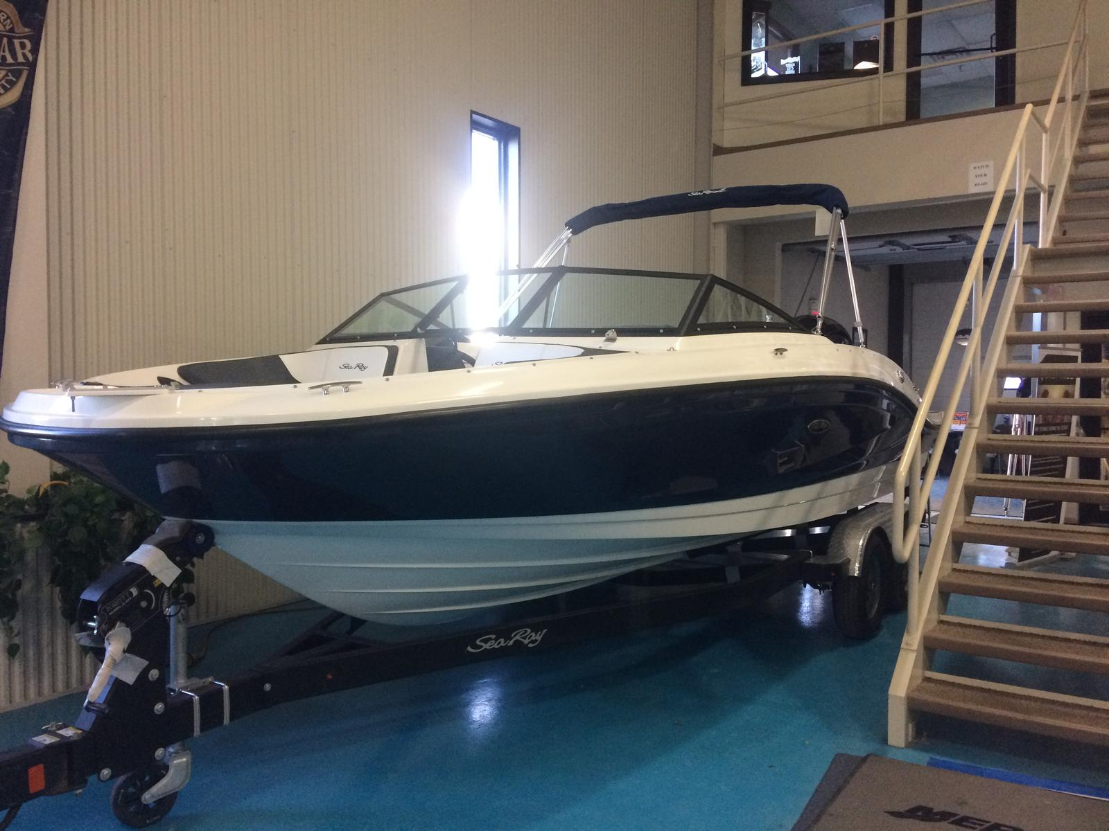 For Sale: 2018 Sea Ray 21 Spo 21ft<br/>Hutchinson's Boat Works