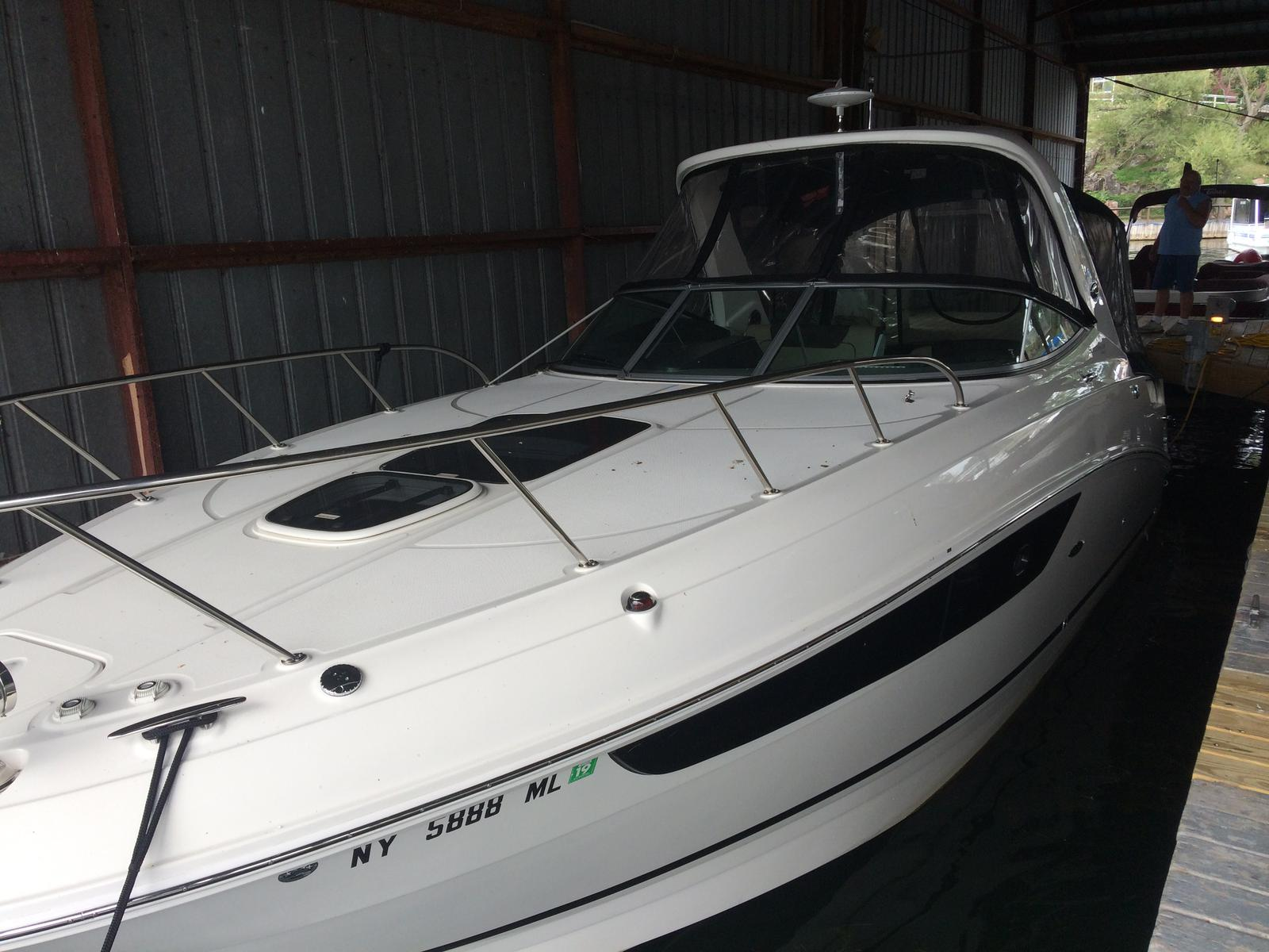 For Sale: 2015 Sea Ray 310 Sundancer 31ft<br/>Hutchinson's Boat Works