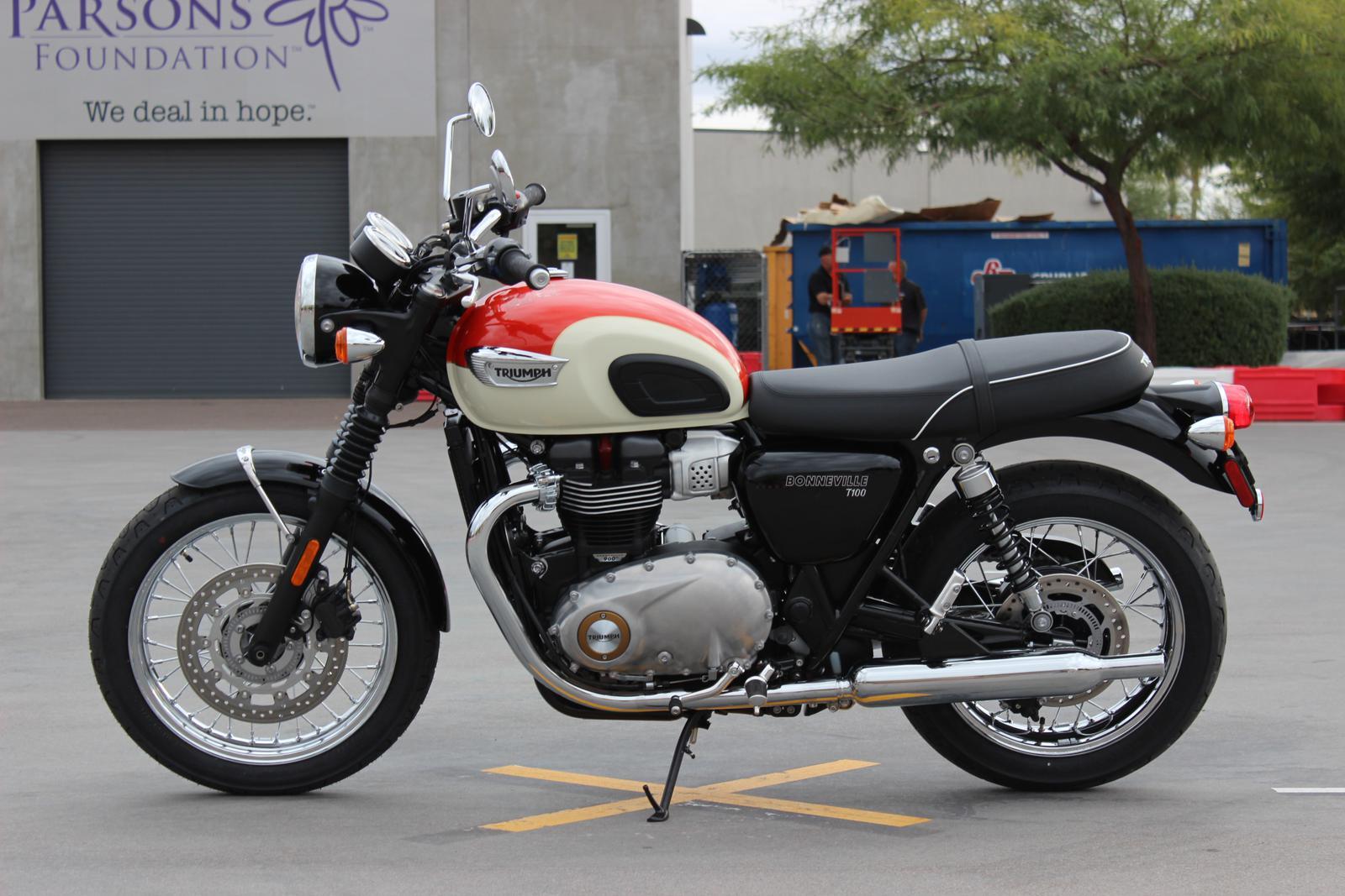 Triumph Bonneville Accessories идеи изображения мотоцикла