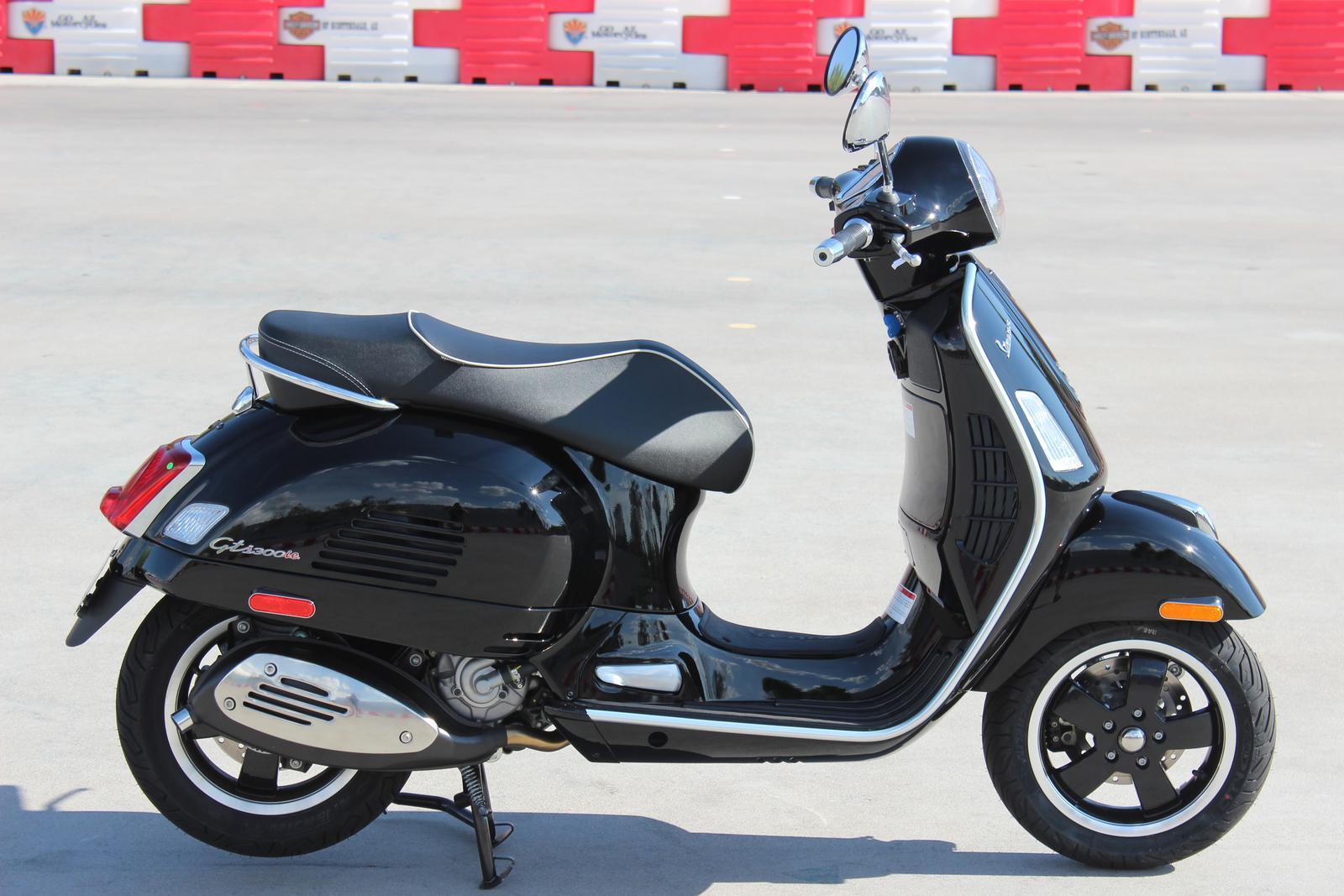 2017 Vespa Gts 300 Super Abs Go Az Motorcycles In Scottsdale