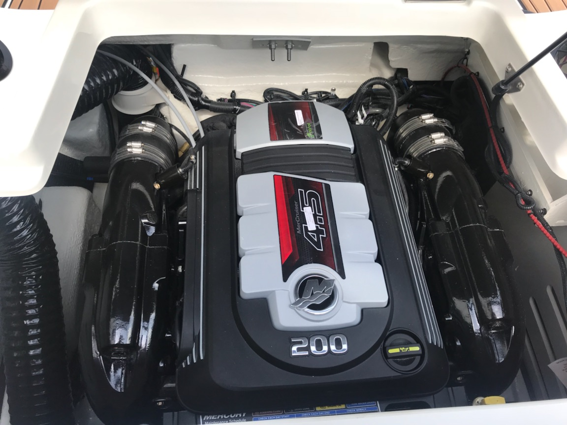 2018 Sea Ray Spx 190 For Sale In Bronston Ky Lookout Marine Sales Ferrari California Fuse Box Img 6747