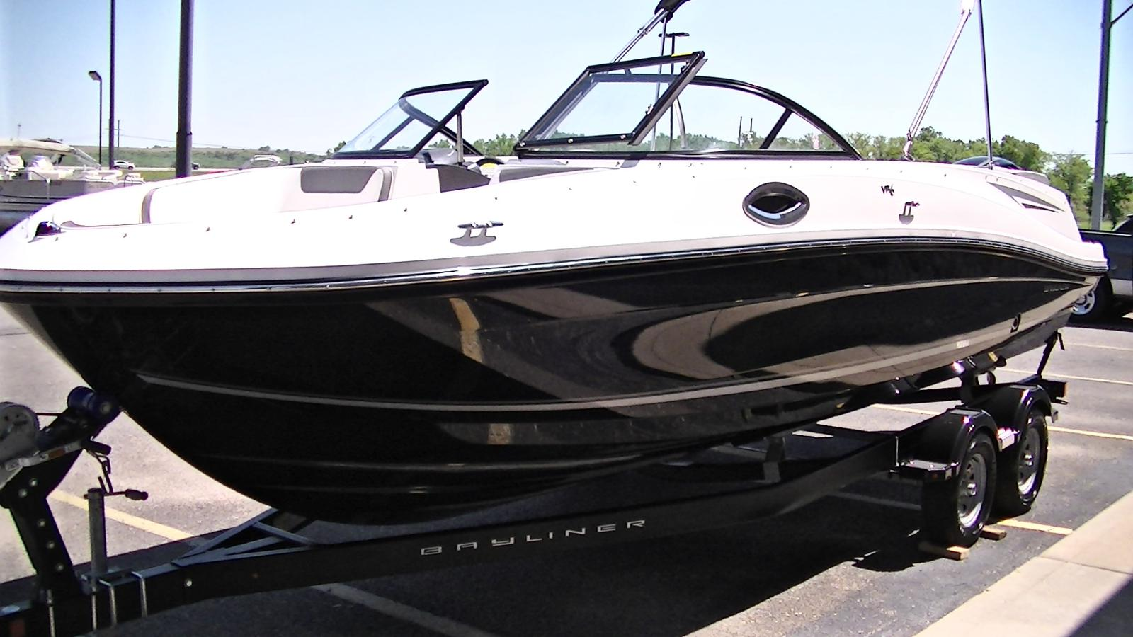 For Sale: 2018 Bayliner Vr6 Bowrider 23ft<br/>Trudeau's Sea Ray - Spokane