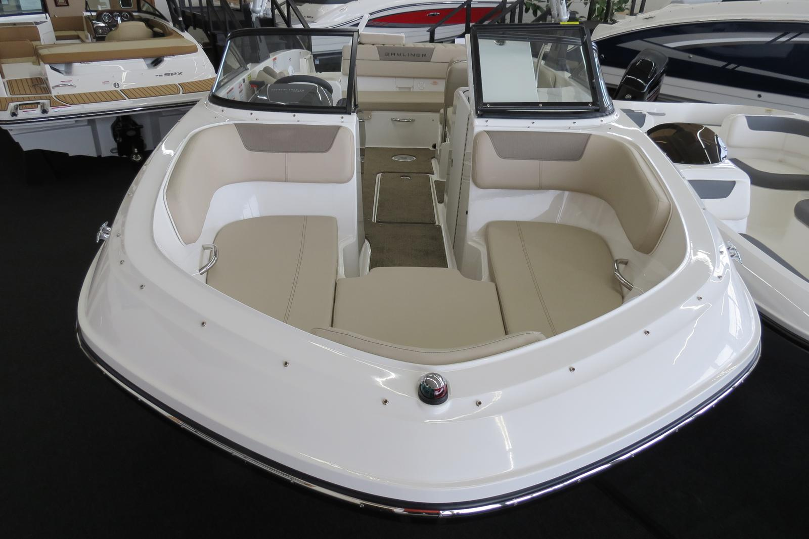 2019 Bayliner boat for sale, model of the boat is VR6 Bowrider & Image # 2 of 7