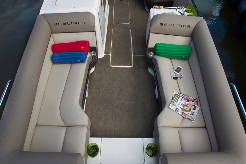 2019 Bayliner boat for sale, model of the boat is Element XR7 & Image # 4 of 4