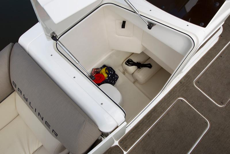 2019 Bayliner boat for sale, model of the boat is Element XR7 & Image # 3 of 4