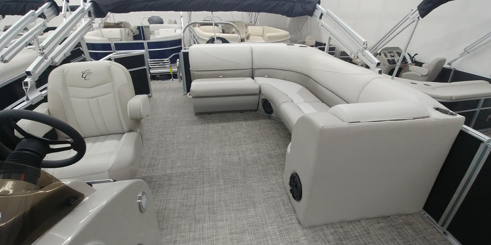 2019 Cypress Cay boat for sale, model of the boat is 212 Seabreeze CS & Image # 3 of 5