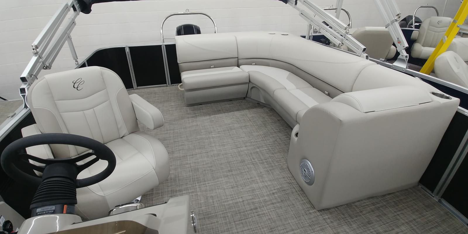 2019 Cypress Cay boat for sale, model of the boat is 232 Seabreeze CST & Image # 3 of 5