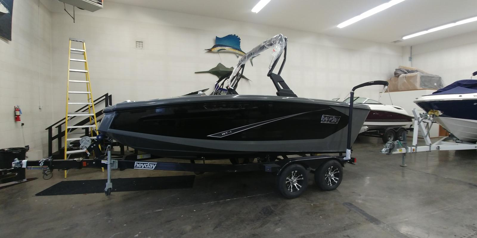 2019 Heyday boat for sale, model of the boat is WT-1SC & Image # 1 of 3