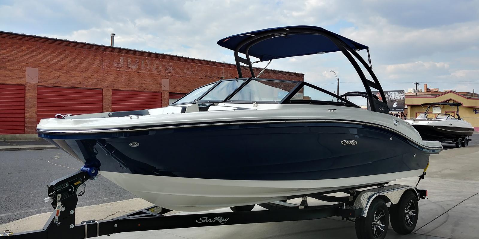 2019 Sea Ray boat for sale, model of the boat is 210 SPX & Image # 1 of 5