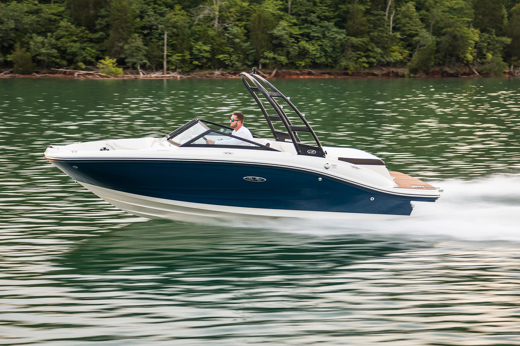 2019 Sea Ray boat for sale, model of the boat is 210 SPX & Image # 1 of 6
