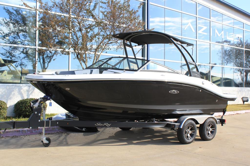 2019 Sea Ray boat for sale, model of the boat is 210 SPX & Image # 1 of 3