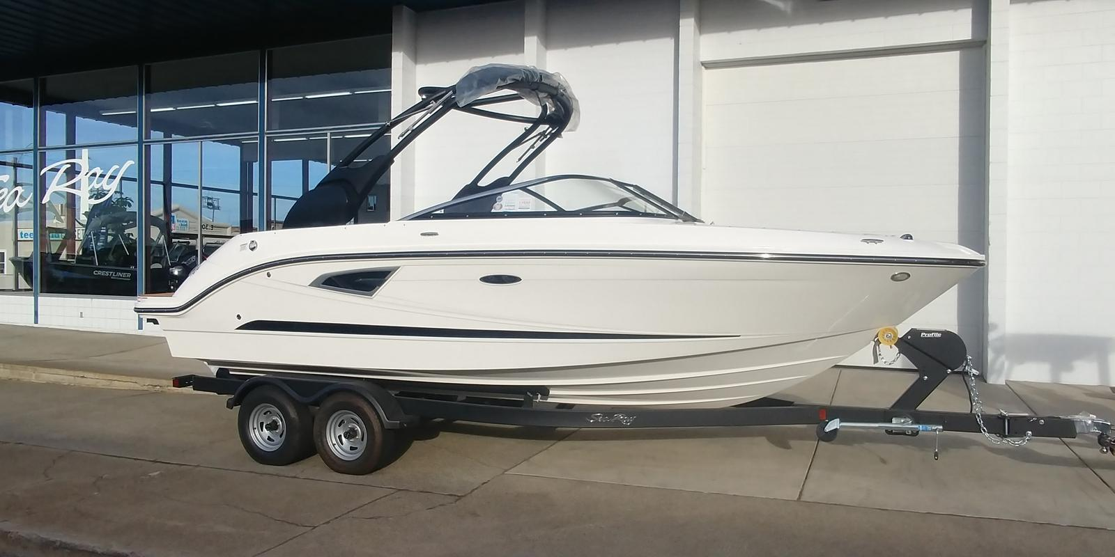 For Sale: 2019 Sea Ray 230 Slx 23ft<br/>Trudeau's Sea Ray - Spokane