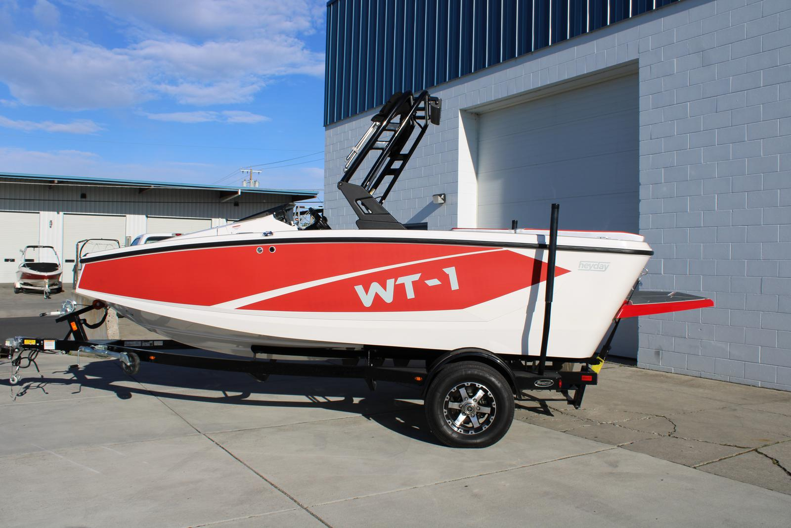 2016 Heyday boat for sale, model of the boat is WT-1 & Image # 1 of 4