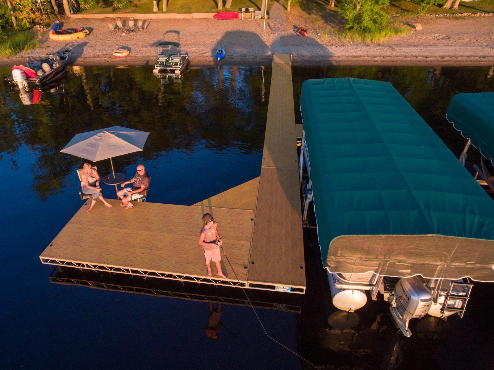 2020 Floe Intl 4 X 16 Rolling Dock Color Alum Grain For Sale In West Bloomfield Mi Decks N Docks Marine West Bloomfield Mi 248 683 0062
