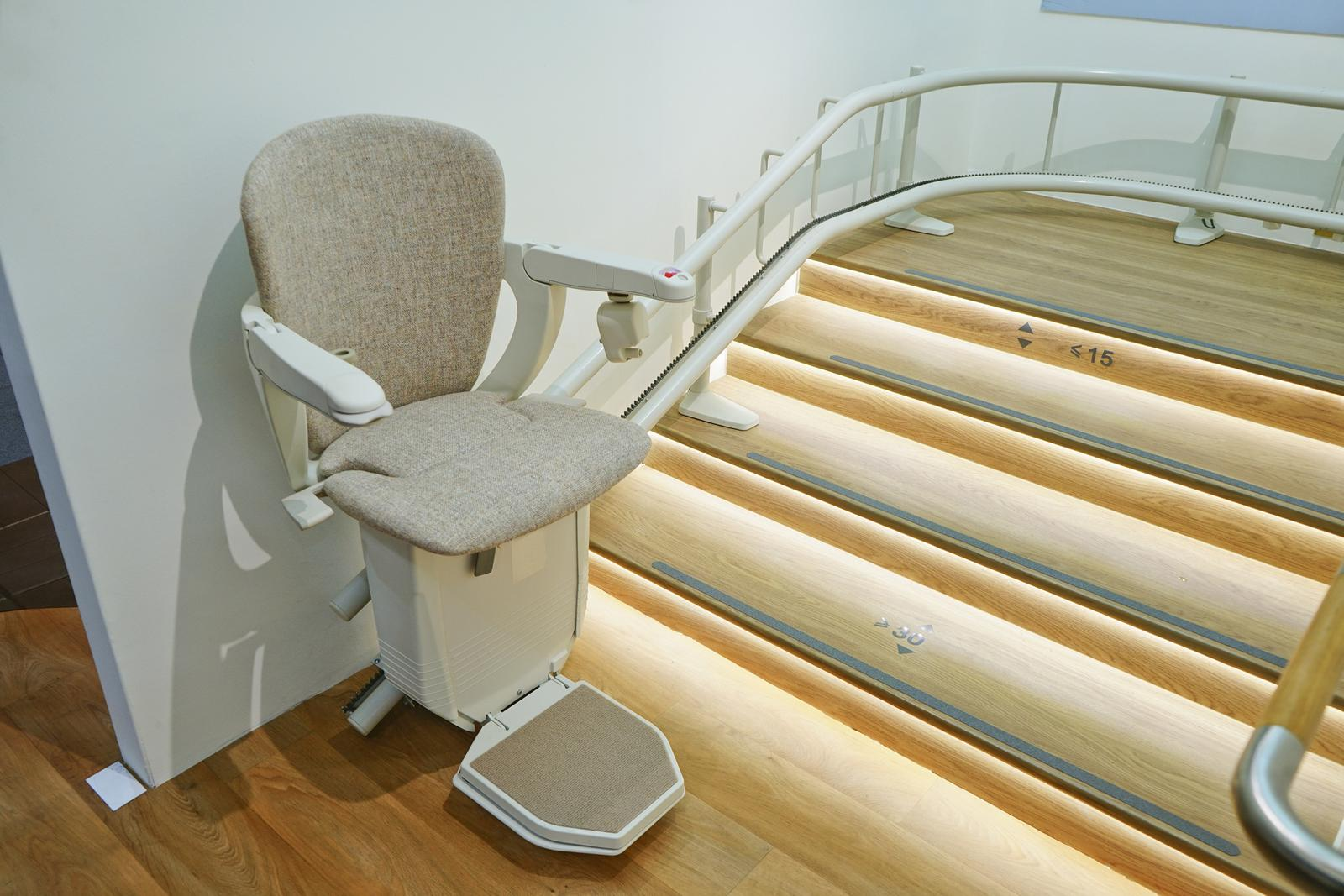 indoor automatic stair lift