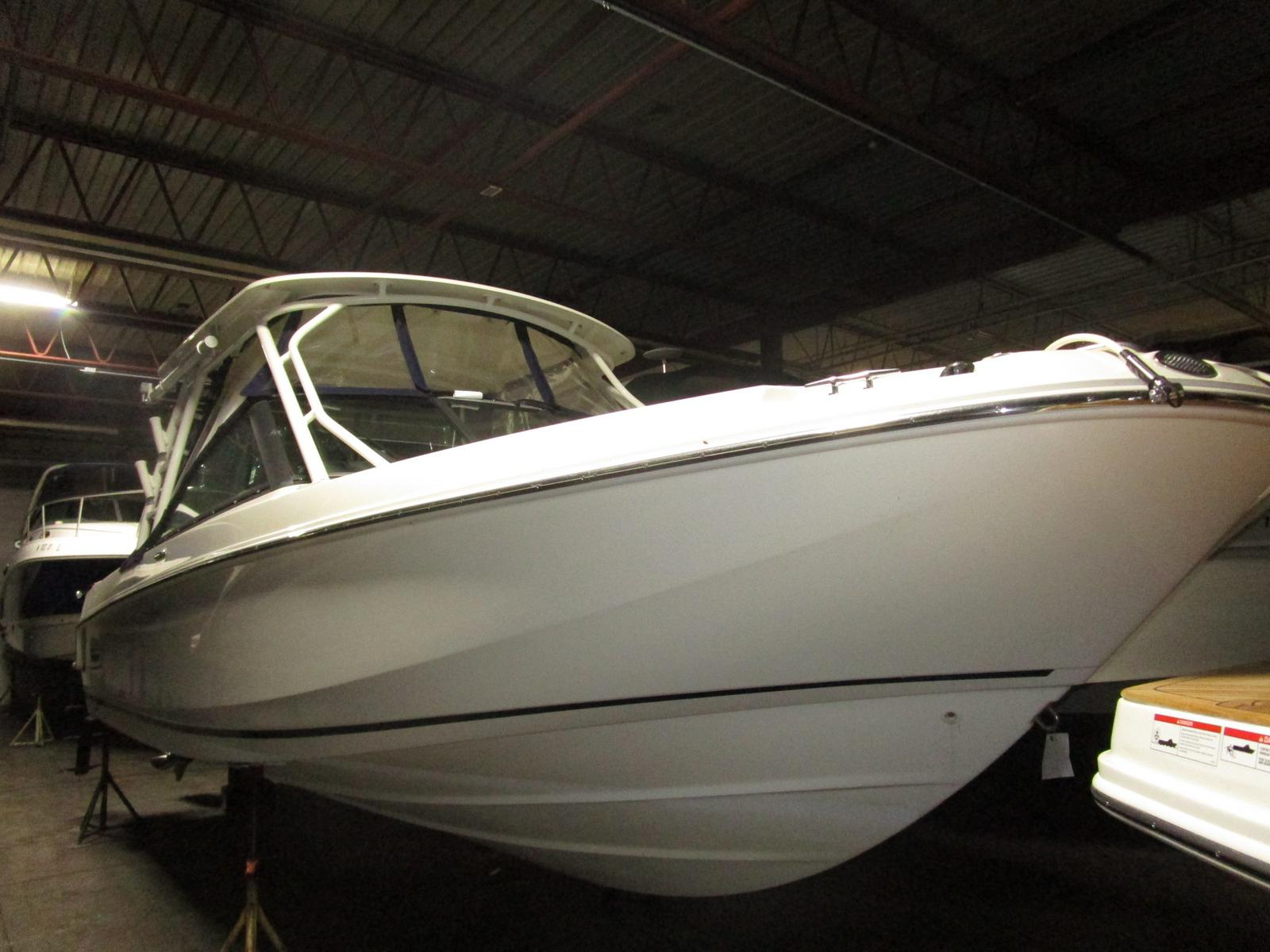 2016 Boston Whaler boat for sale, model of the boat is 270 Vantage & Image # 1 of 10
