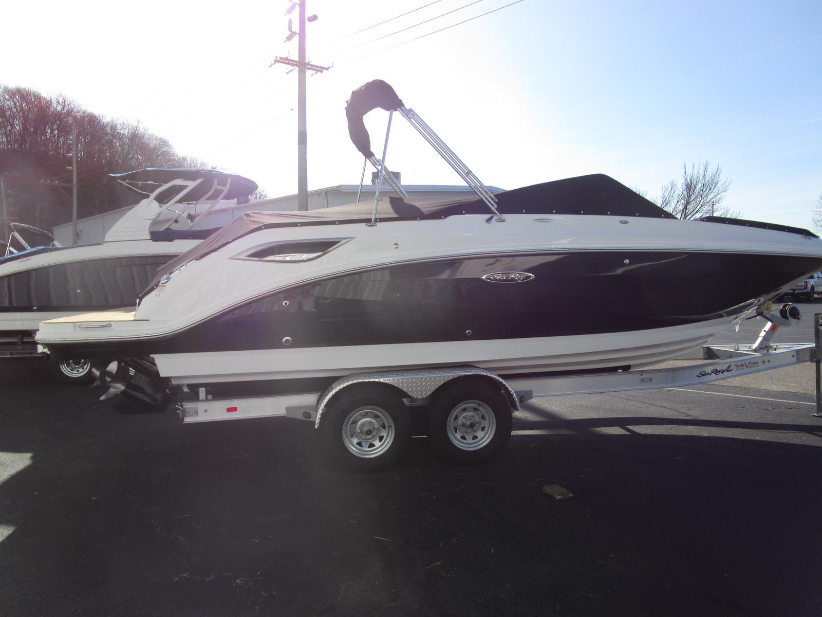 2019 Sea Ray boat for sale, model of the boat is SDX 250 & Image # 1 of 11