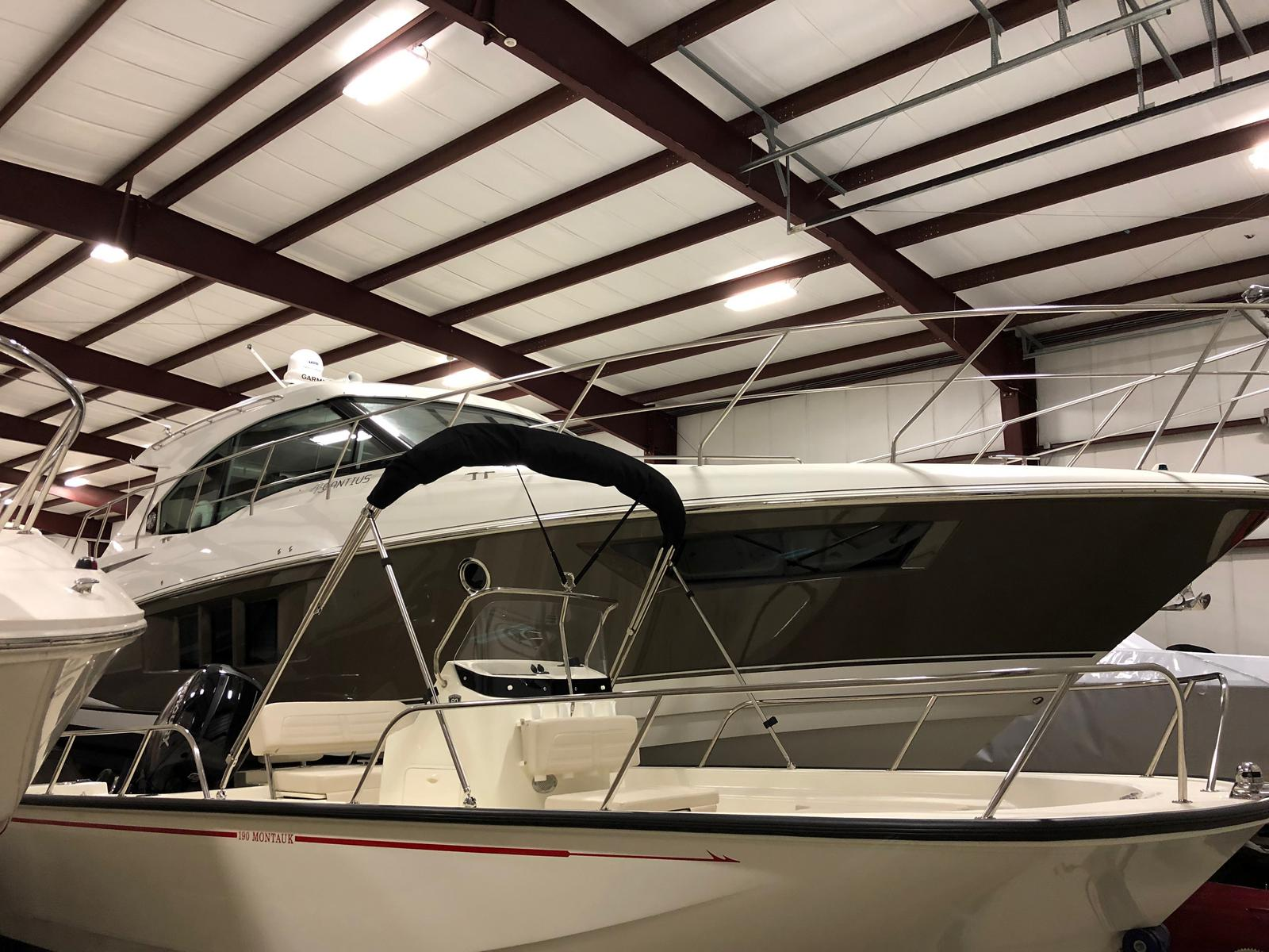2016 Cruisers Yachts boat for sale, model of the boat is 45 Cantius & Image # 7 of 16