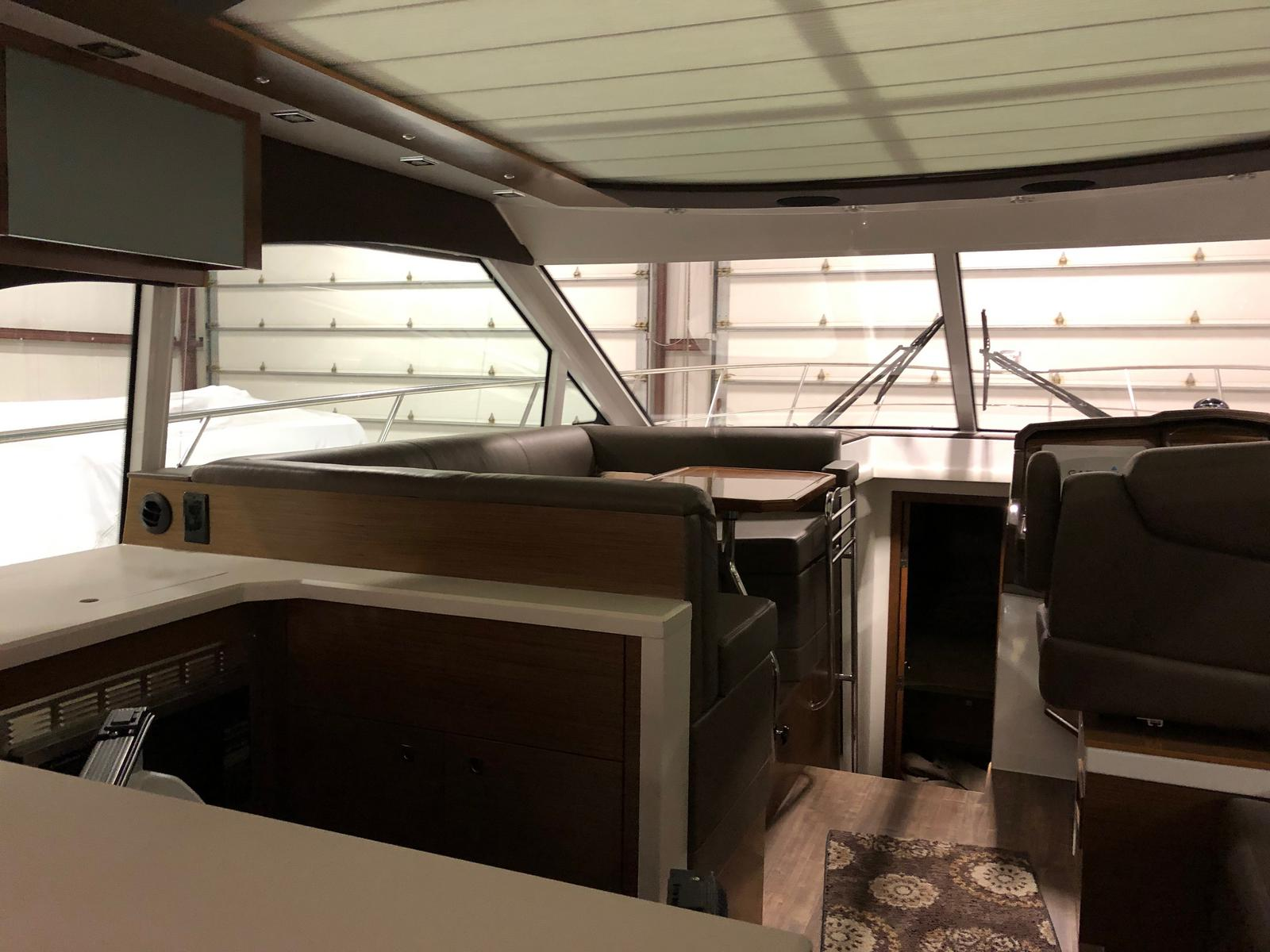 2016 Cruisers Yachts boat for sale, model of the boat is 45 Cantius & Image # 15 of 16