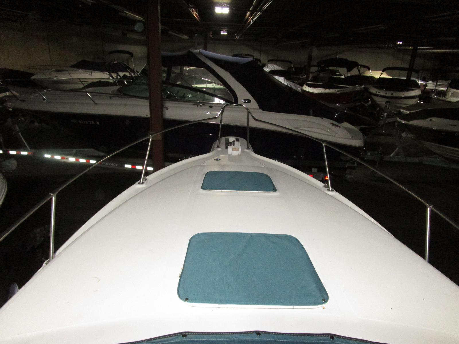 1994 Sea Ray boat for sale, model of the boat is 270 Sundancer & Image # 2 of 11