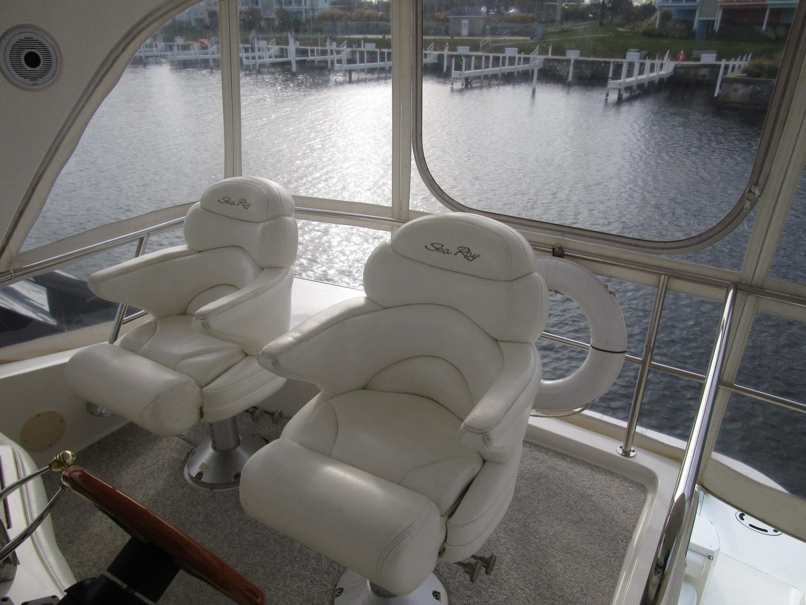 2003 Sea Ray boat for sale, model of the boat is 480 Sedan Bridge & Image # 6 of 15