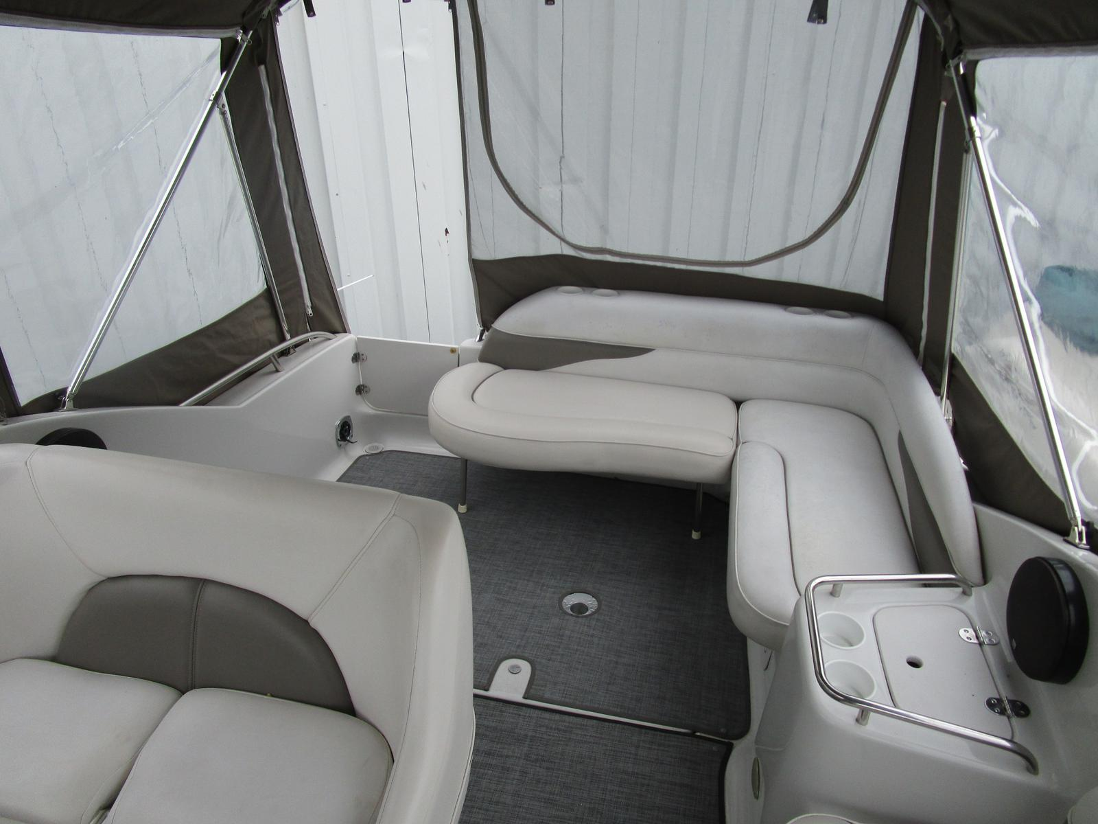 2003 Crownline boat for sale, model of the boat is 262 CR & Image # 5 of 11