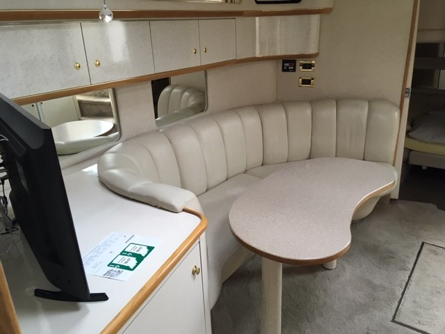 1997 Sea Ray boat for sale, model of the boat is 450 Sundancer & Image # 3 of 5