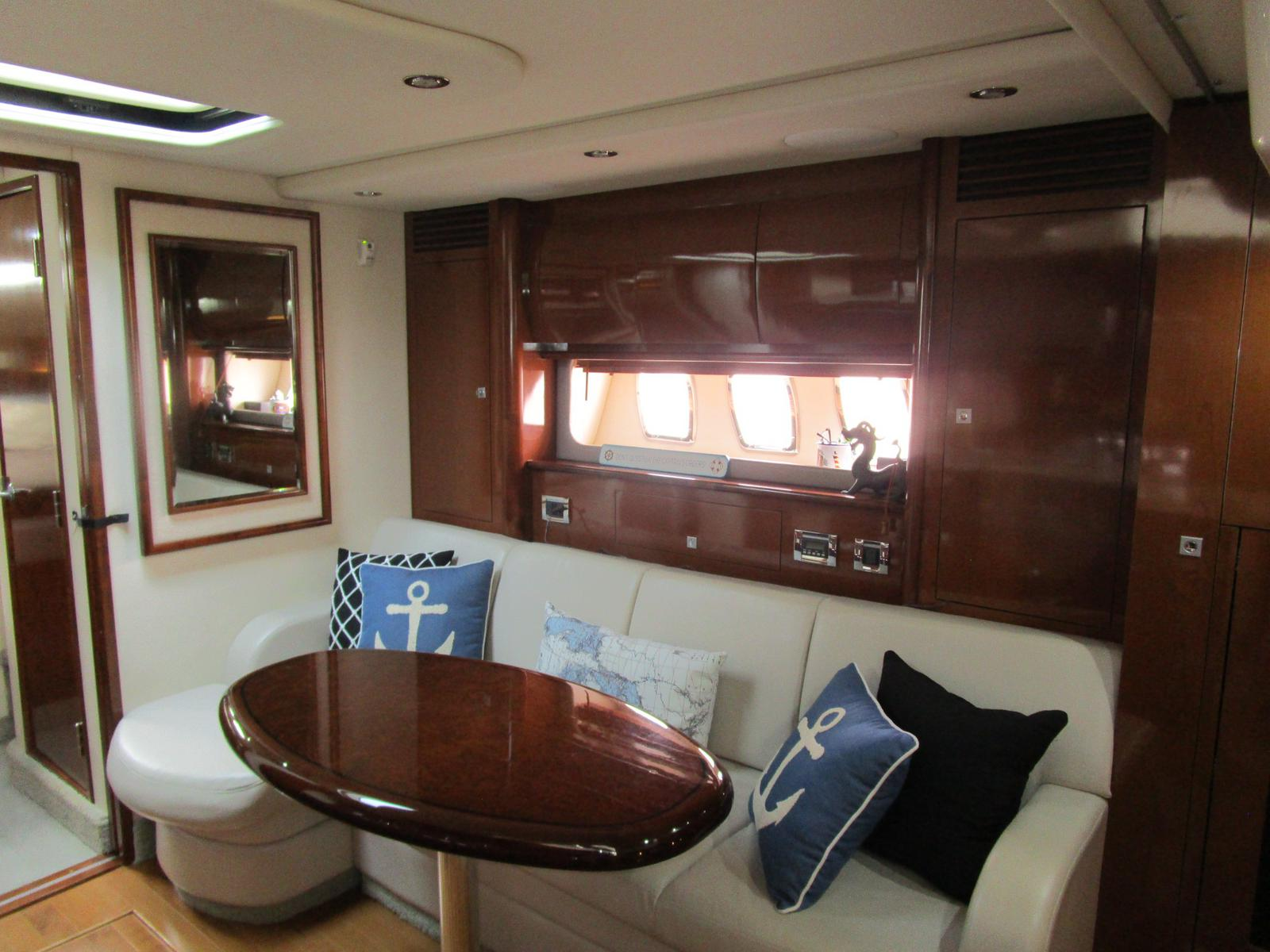 2010 Sea Ray boat for sale, model of the boat is 40 Sundancer & Image # 5 of 14