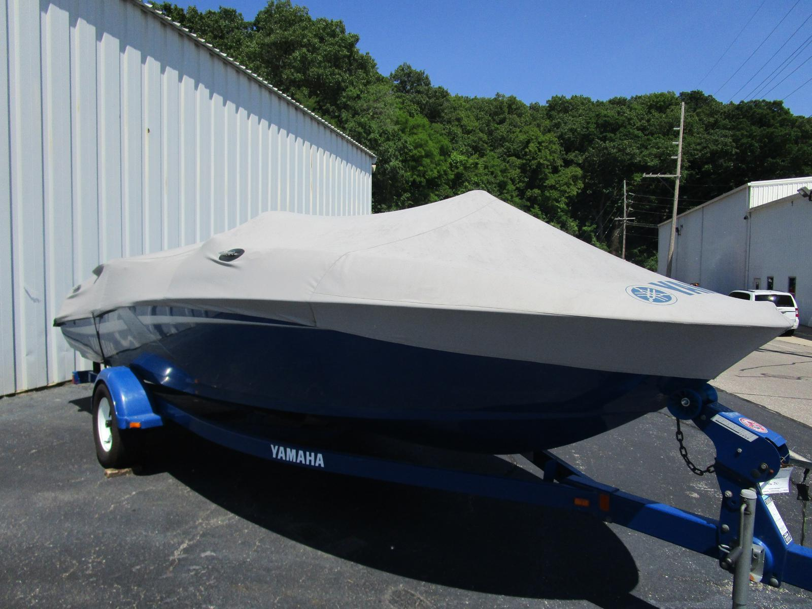 2002 Yamaha boat for sale, model of the boat is LX 2000 & Image # 1 of 5
