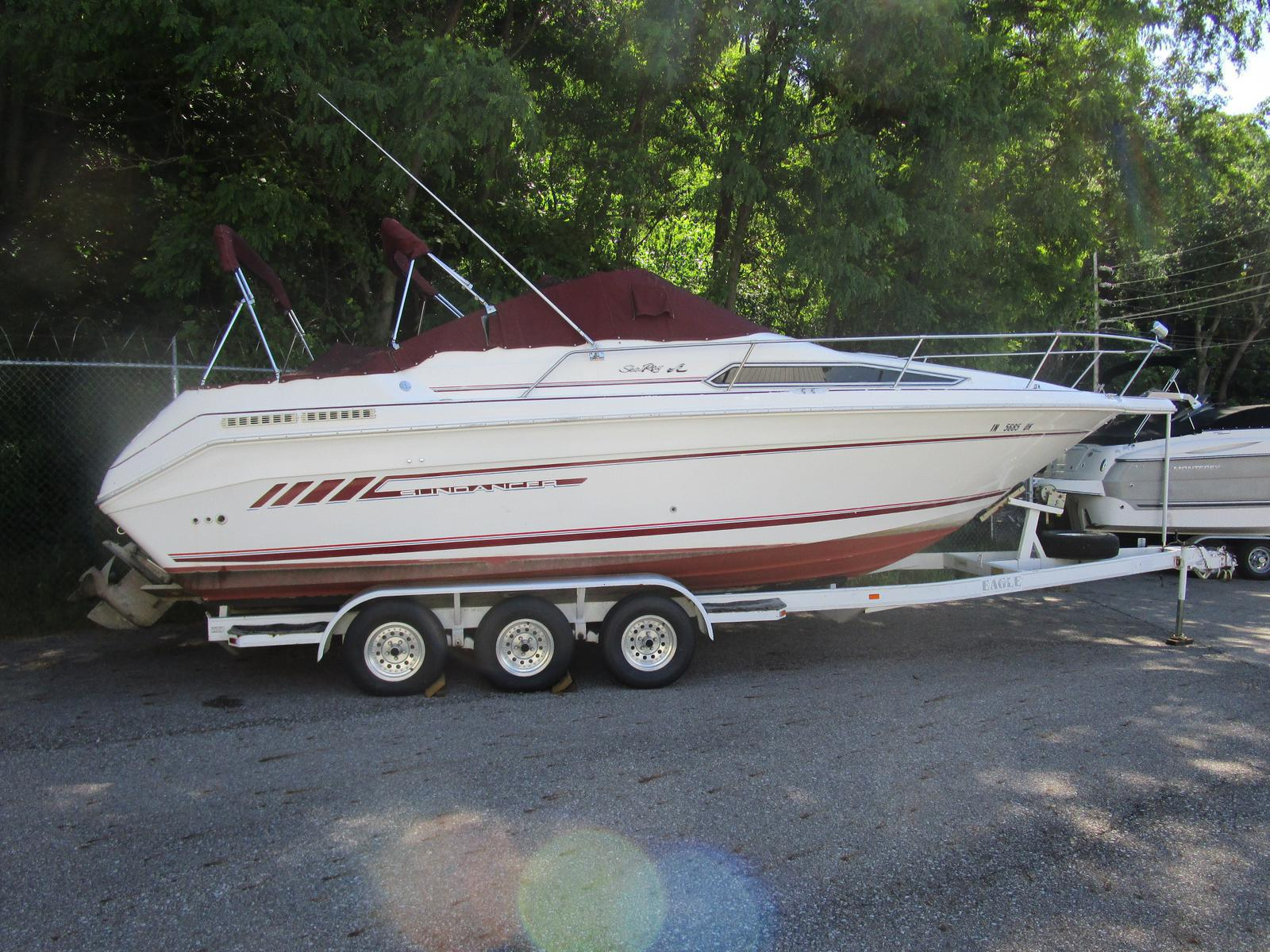 1992 Sea Ray boat for sale, model of the boat is 270 Sundancer & Image # 1 of 8