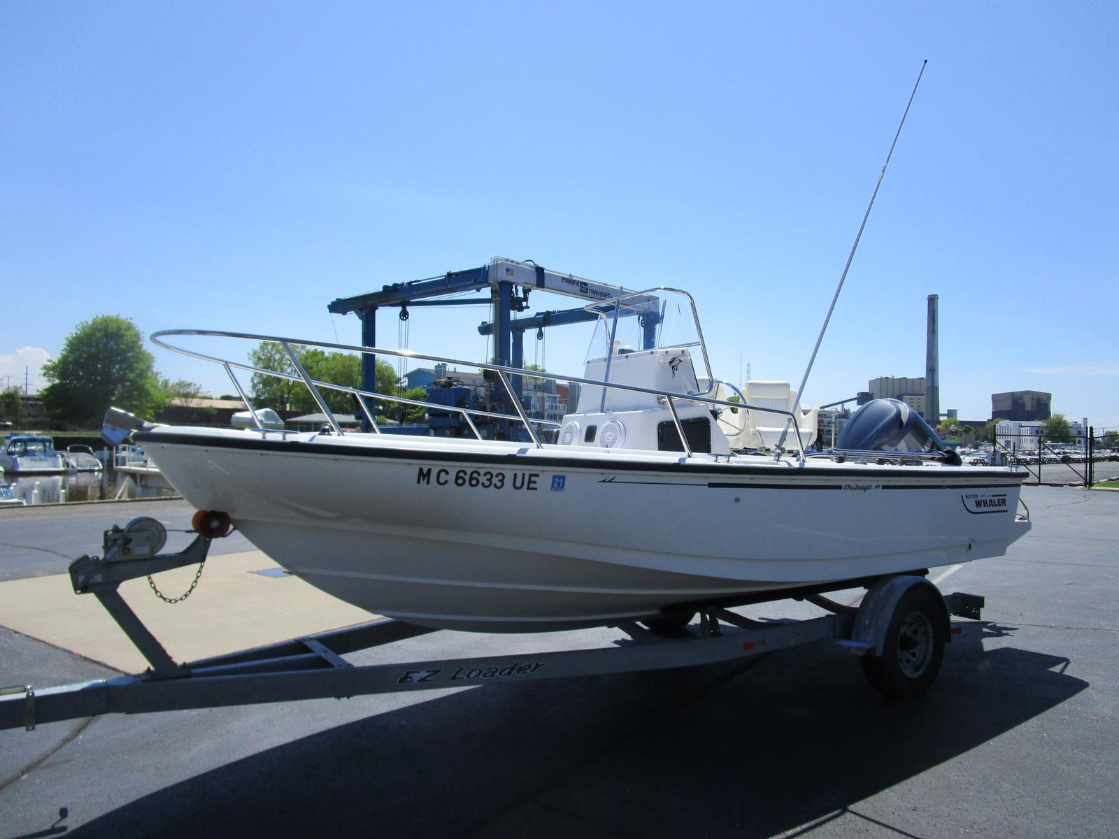 1996 Boston Whaler boat for sale, model of the boat is 190 Outrage & Image # 1 of 9