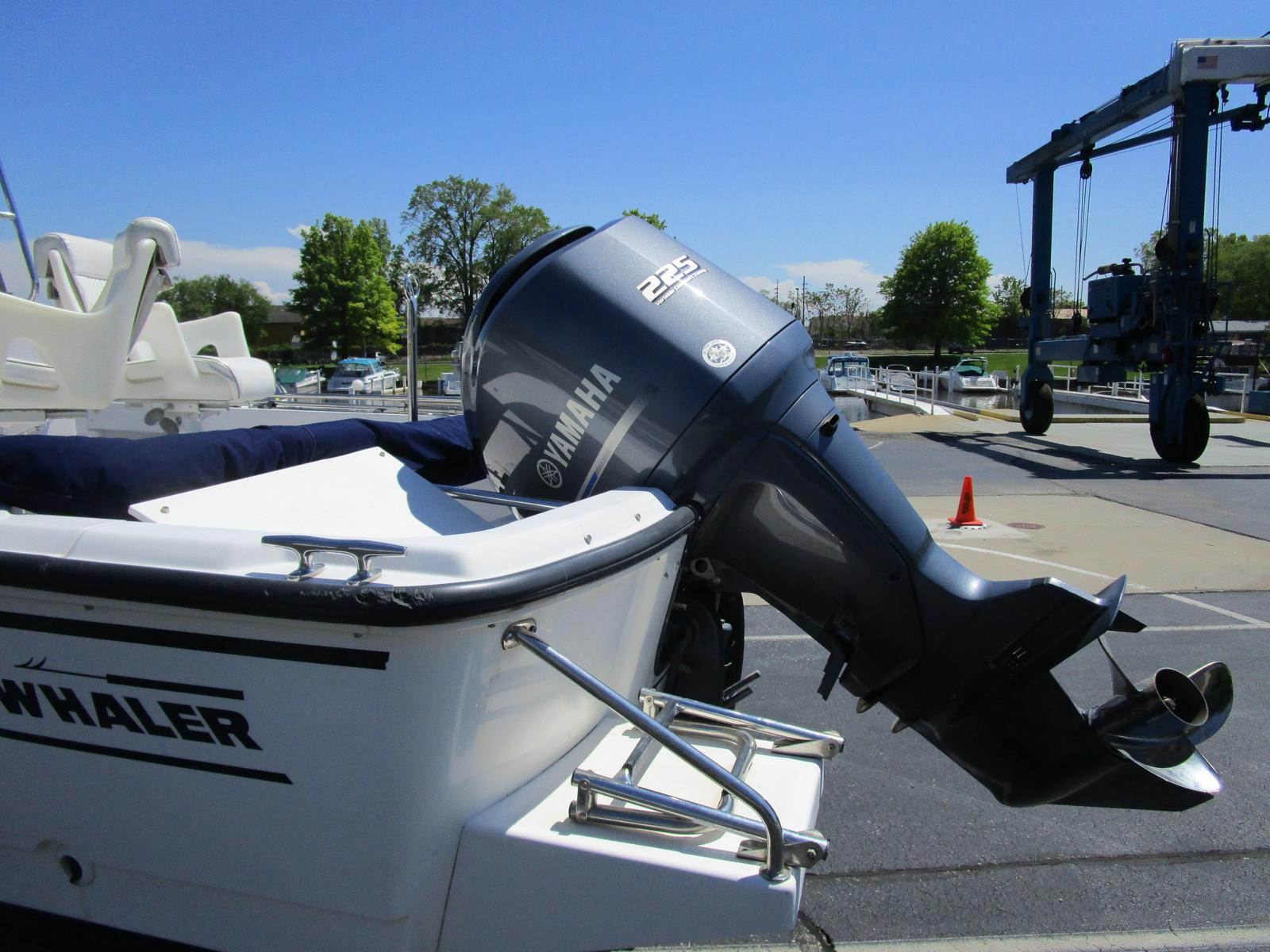 1996 Boston Whaler boat for sale, model of the boat is 190 Outrage & Image # 8 of 9