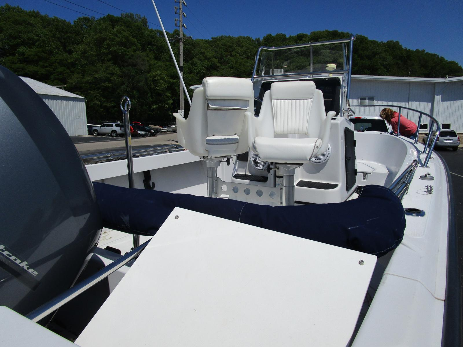 1996 Boston Whaler boat for sale, model of the boat is 190 Outrage & Image # 2 of 9