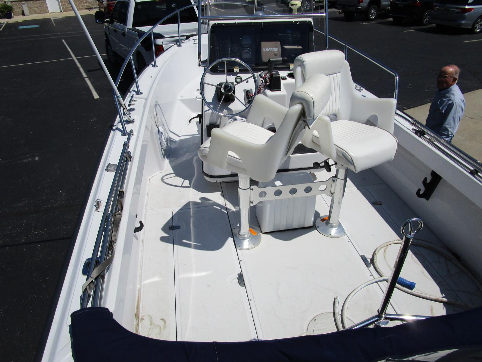 1996 Boston Whaler boat for sale, model of the boat is 190 Outrage & Image # 3 of 9
