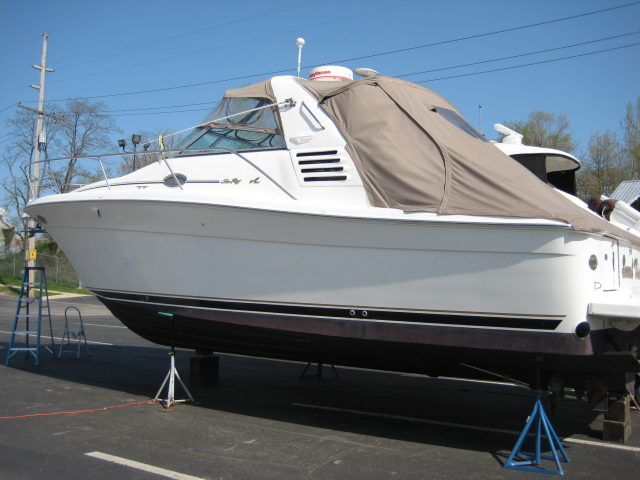 1997 Sea Ray boat for sale, model of the boat is 330 Express & Image # 1 of 8