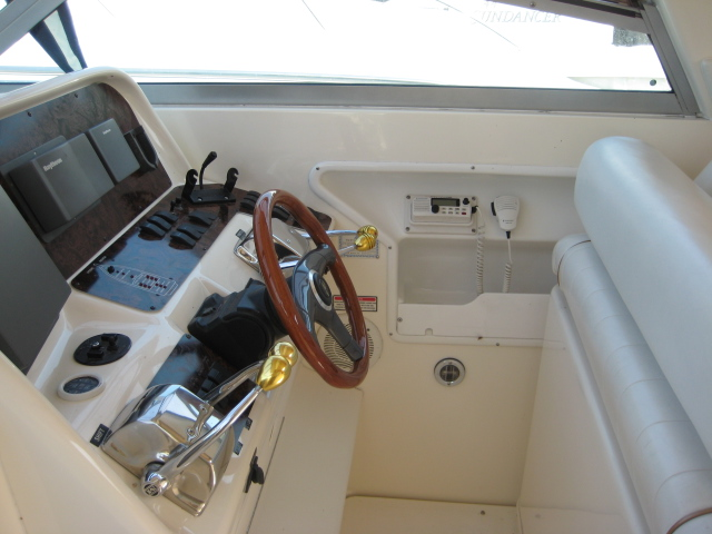 1997 Sea Ray boat for sale, model of the boat is 330 Express & Image # 5 of 8