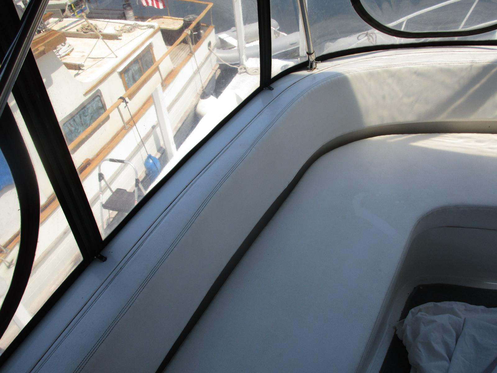 1995 Mainship boat for sale, model of the boat is 37 Motor Yacht & Image # 6 of 13