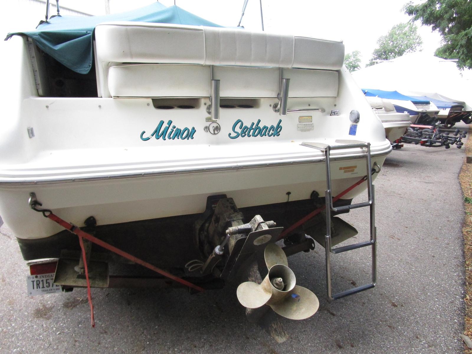 1997 Sea Ray boat for sale, model of the boat is 240 sundancer & Image # 4 of 8
