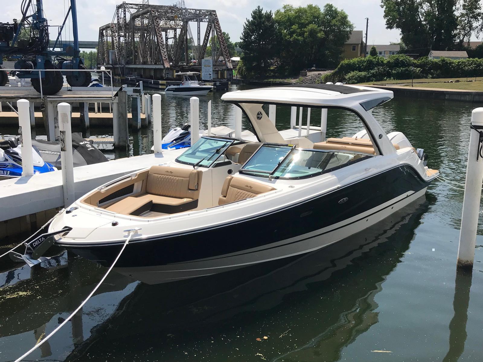 2019 Sea Ray boat for sale, model of the boat is SLX 310 & Image # 2 of 5