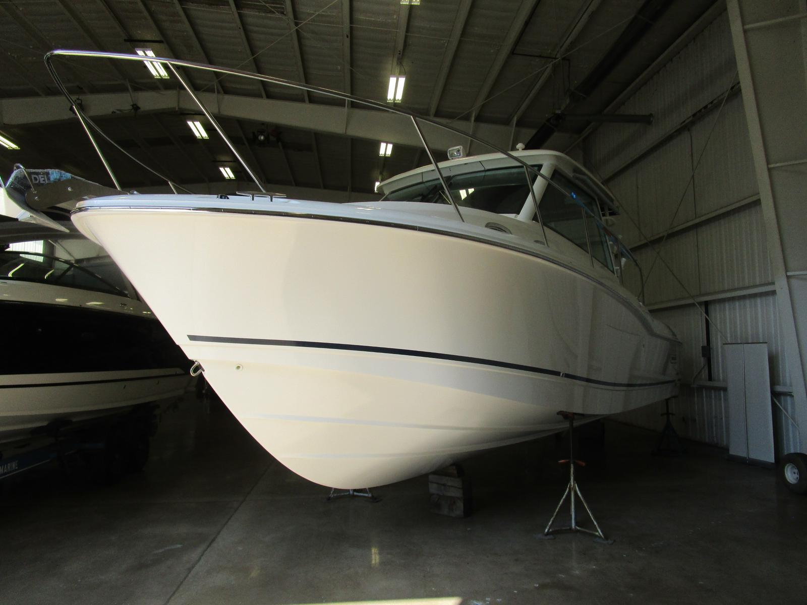 2019 Boston Whaler boat for sale, model of the boat is 315 Conquest & Image # 3 of 11