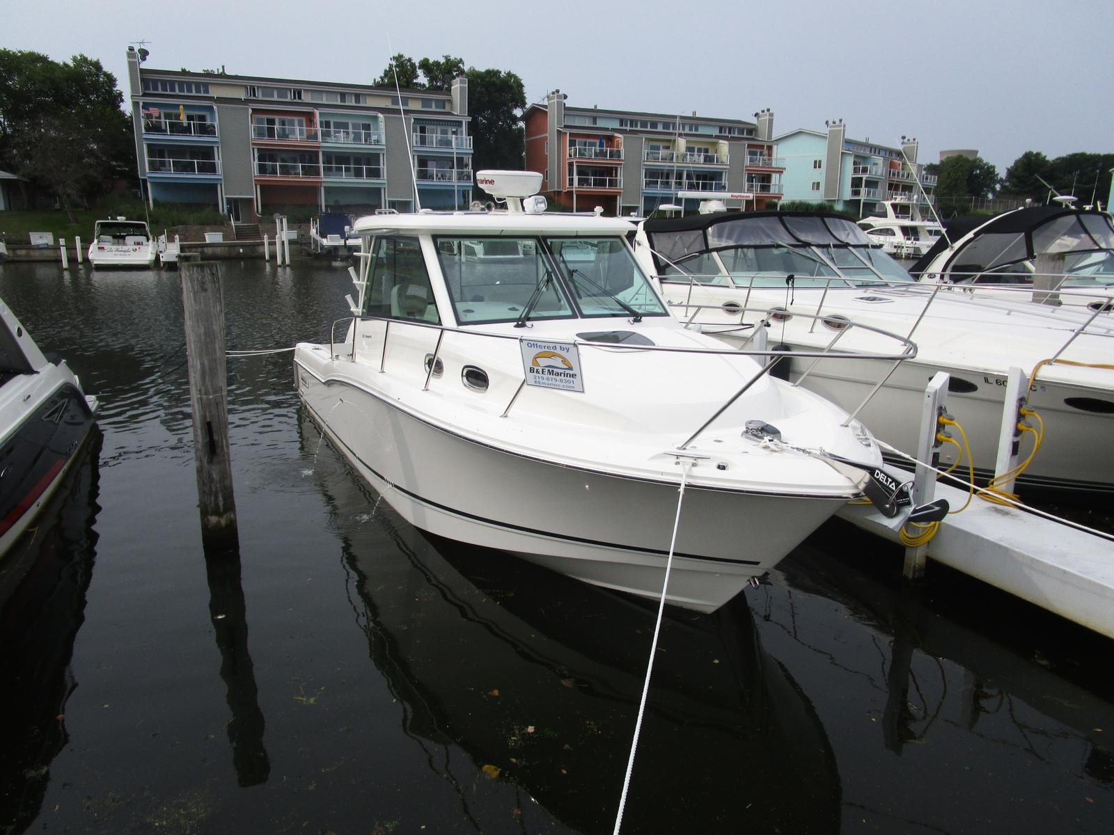 2019 Boston Whaler boat for sale, model of the boat is 315 Conquest & Image # 2 of 11