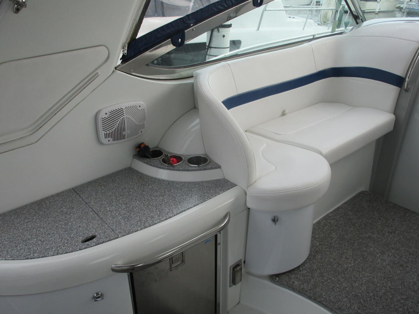 2007 Formula boat for sale, model of the boat is Cruiser 40 PC & Image # 3 of 7