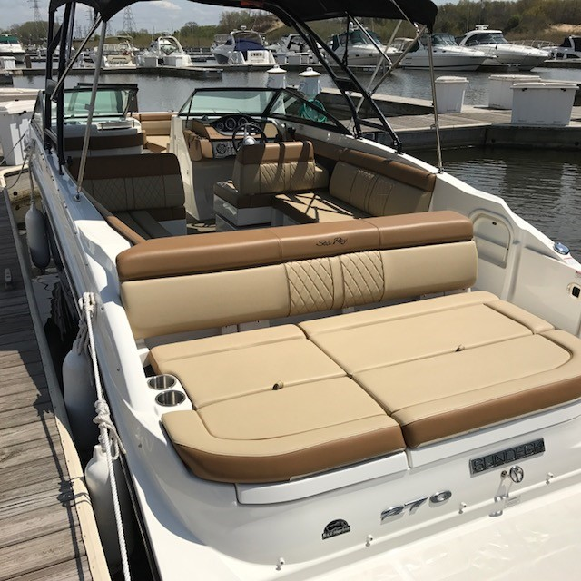 2015 Sea Ray boat for sale, model of the boat is 270 Sundeck & Image # 2 of 2