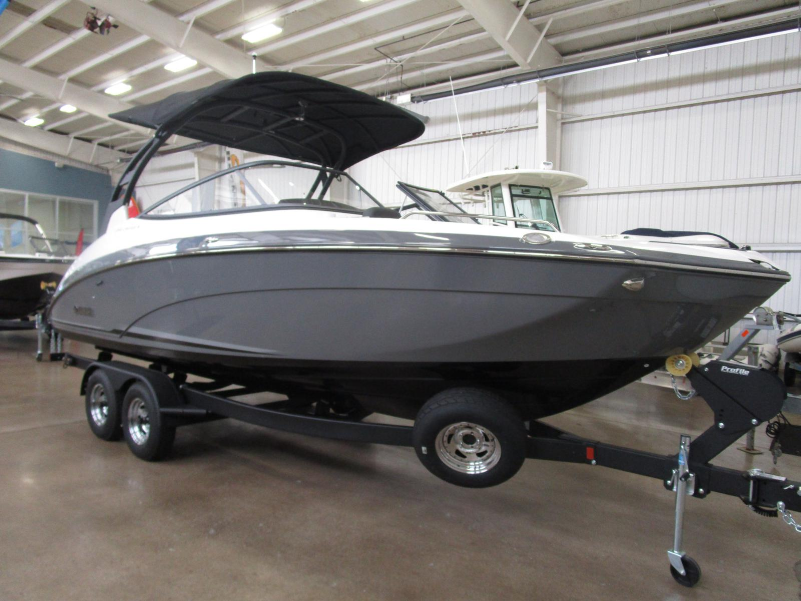 2019 Yamaha boat for sale, model of the boat is 242 Limited S E-Series & Image # 1 of 7