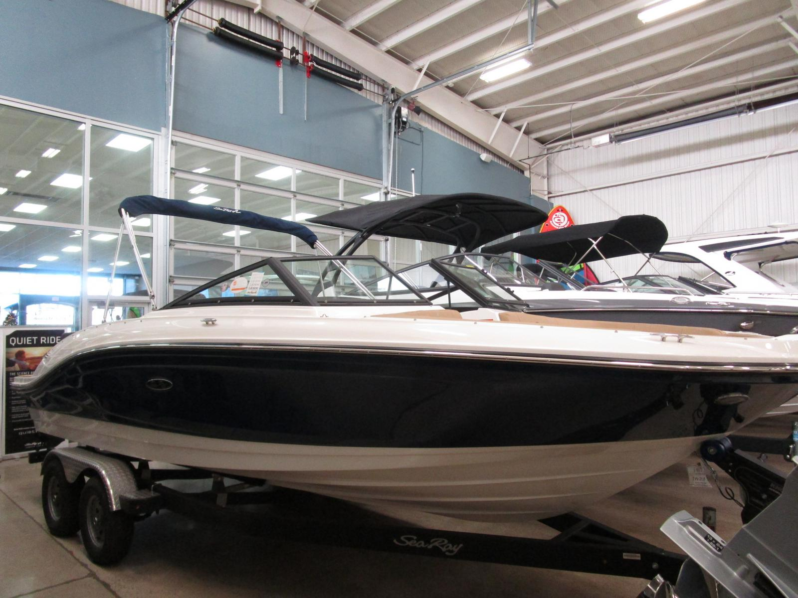 2019 Sea Ray boat for sale, model of the boat is SPX 210 & Image # 2 of 7