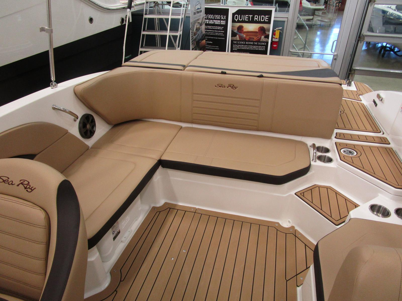 2019 Sea Ray boat for sale, model of the boat is SPX 210 & Image # 5 of 7