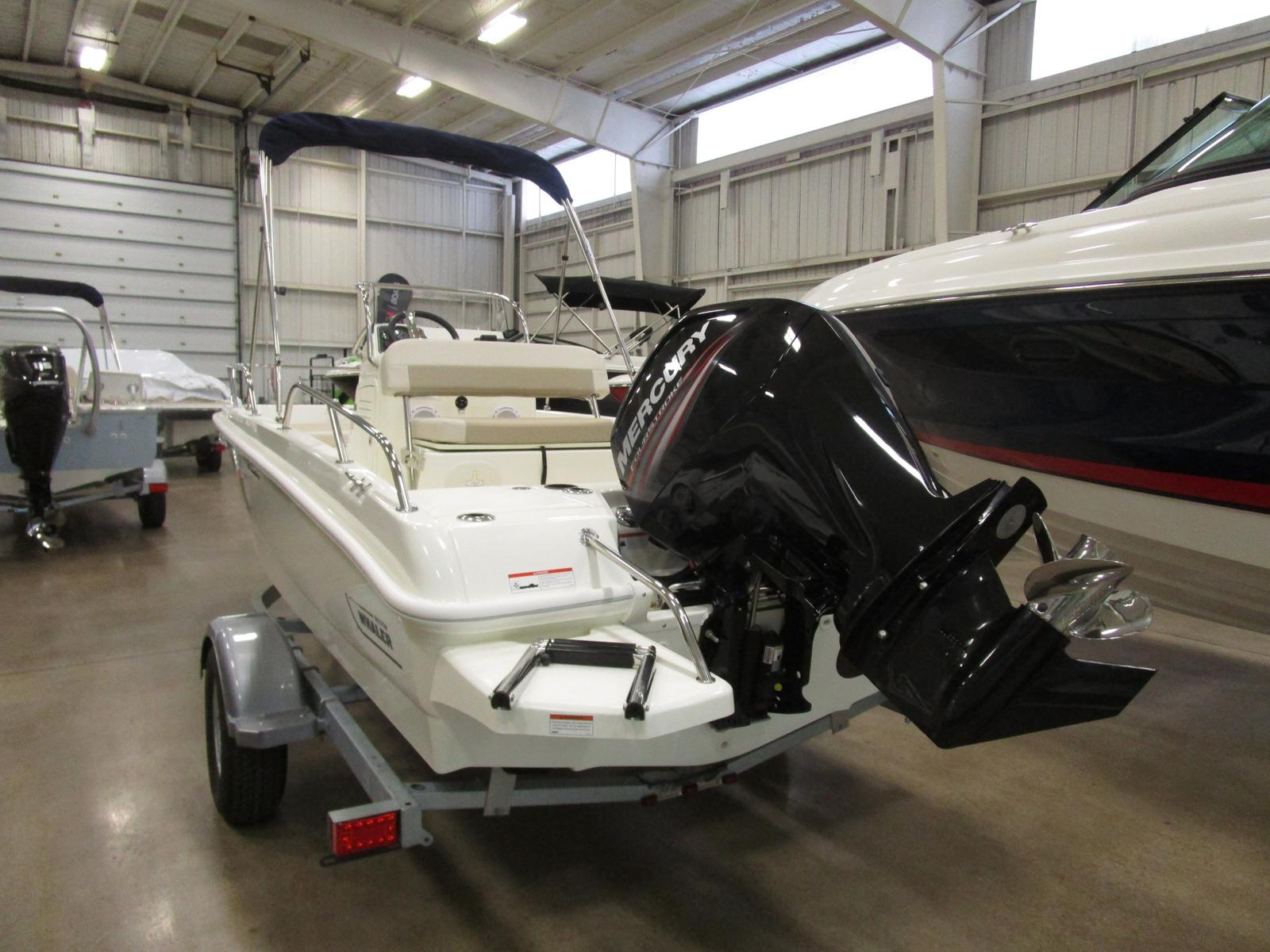 2019 Boston Whaler boat for sale, model of the boat is 170 Dauntless & Image # 2 of 5