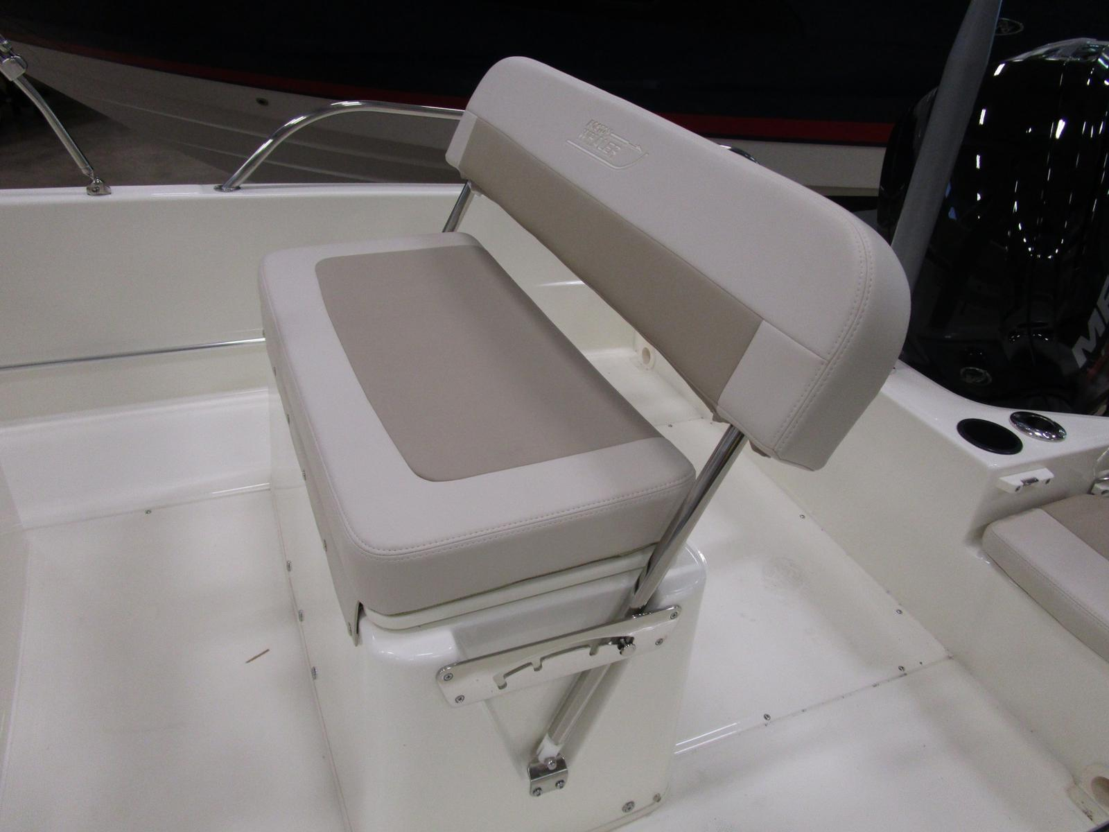 2019 Boston Whaler boat for sale, model of the boat is 170 Dauntless & Image # 3 of 5