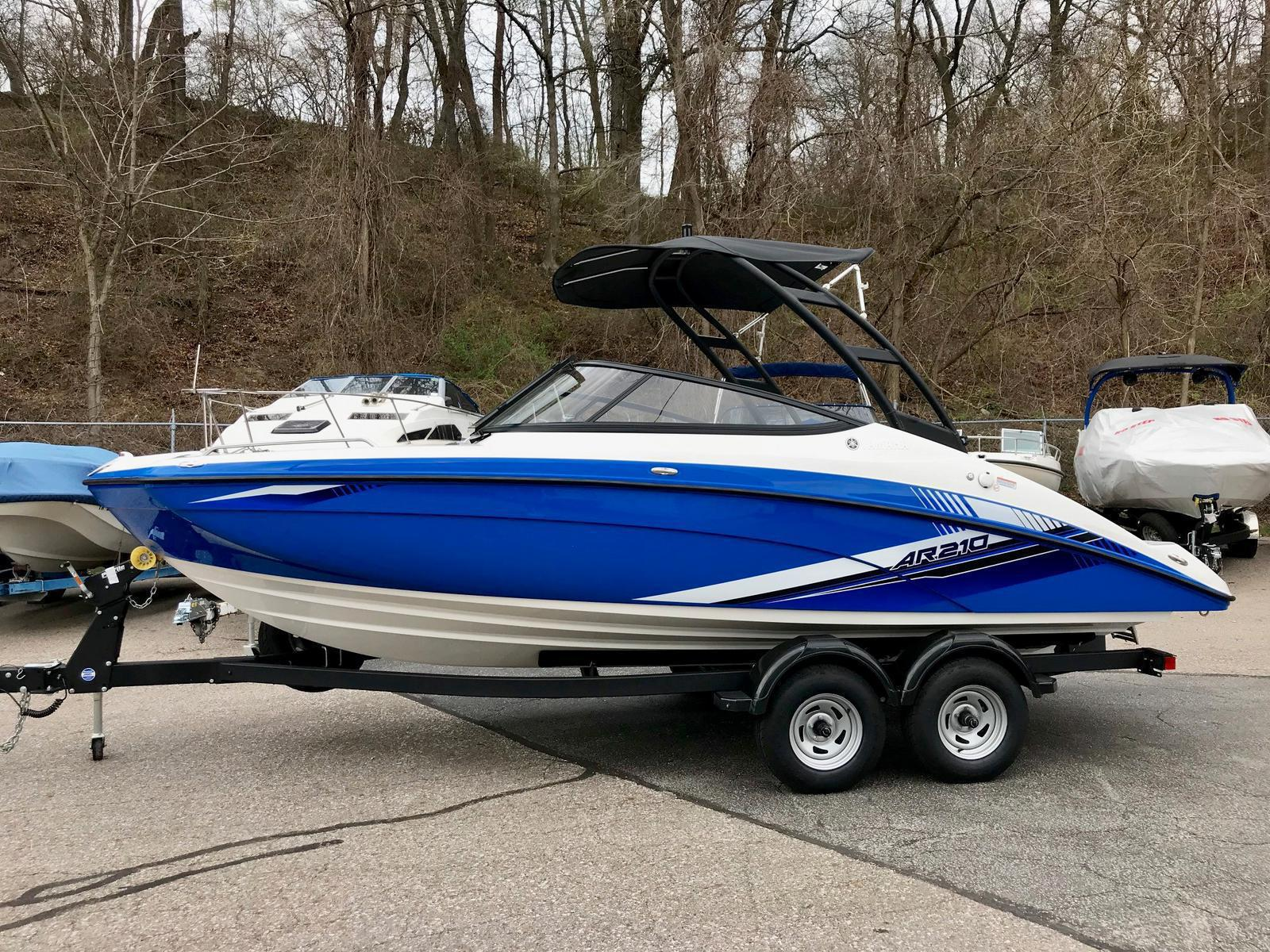 2019 Yamaha boat for sale, model of the boat is AR 210 & Image # 1 of 5